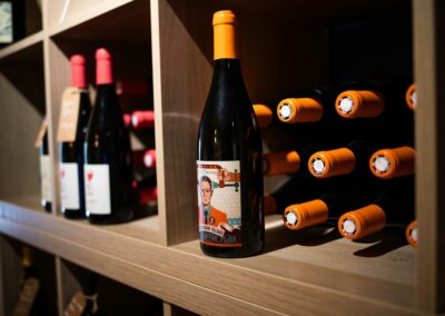 Maison Rafalyne - caviste - bouteille de vin